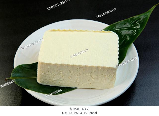 Momen Tofu