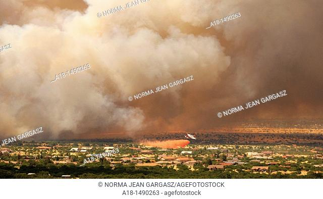 A fire that started on June 17 on Fort Huachuca in Sierra Vista, Arizona, USA, is the second to burn in the area  Crews continued to battle the Monument Fire in...