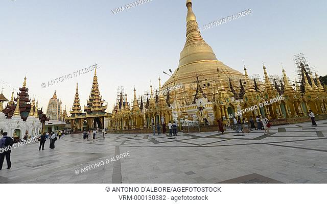 Timelapse of pilgrim and tourists at Shwedagon Pagoda. Yangon, Myanmar