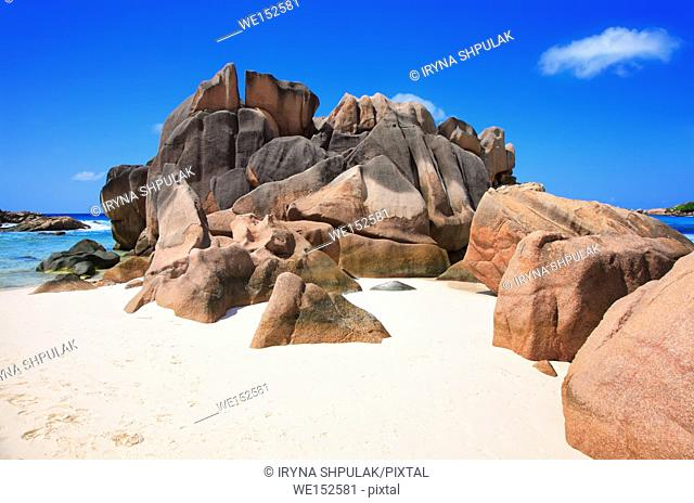 Granite rock, Anse Cocos Beach, Island La Digue, Republic of Seychelles
