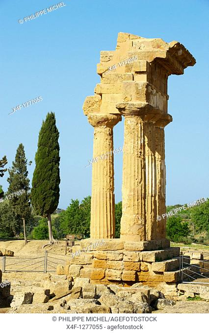 Italy, Sicily, Valley of the Temples, Valle dei Templi, Temple of Castor and Pollux
