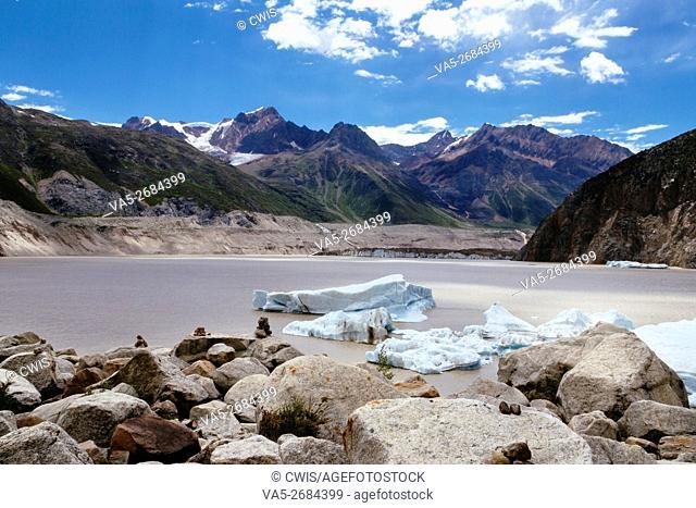 Rawu, Nyingchi, Tibet - Beautiful landscape of Laigu glacier in the daytime with huge icebergs