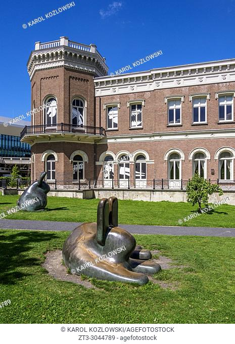 Rabbits in front of the Natural History Museum, Rotterdam, South Holland, The Netherlands
