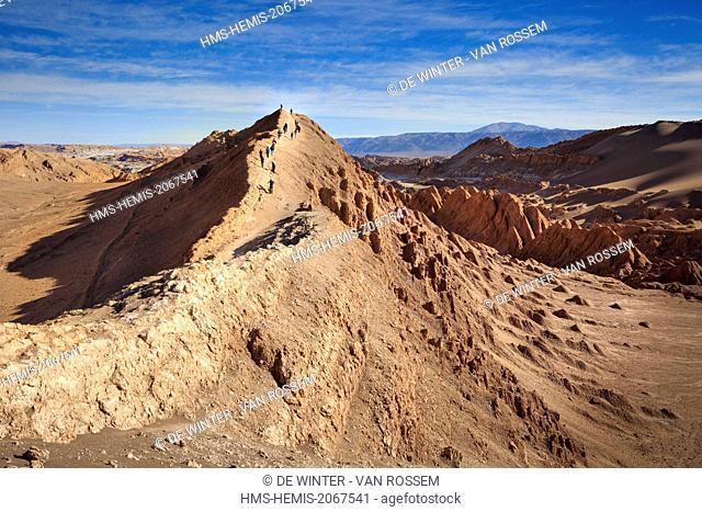 Chile, El Norte Grande, Antofagasta Region, Salar de Atacama, Valle de la Luna (Valley of the Moon), view from Duna Mayor