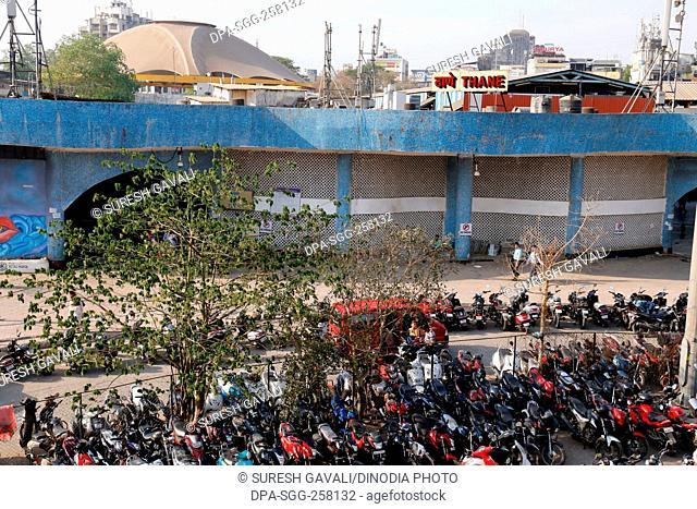 thane railway station, mumbai, maharashtra, India, Asia