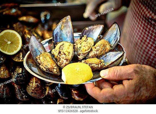 A plate of midye dolma (stuffed mussels)