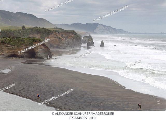 The Whitecliffs rock formation at low tide, Tongaporutu, Taranaki Region, New Zealand