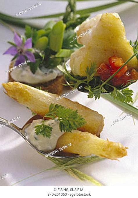 Baked asparagus, diced cod, spring sandwich, vegetables (1)