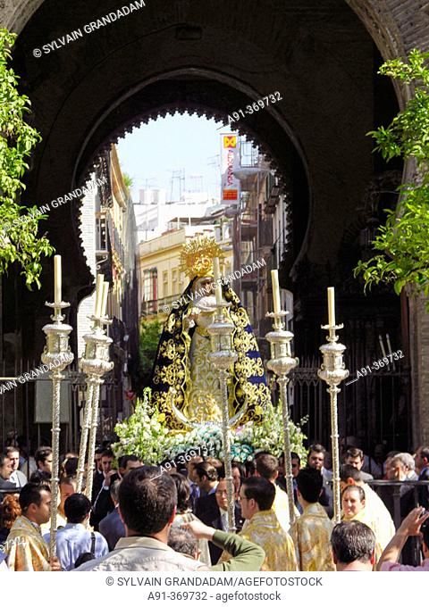 Great procession of the Virgen de Guadalupe (Statue usually in the Sagrario church). City of Sevilla. Andalucia. Spain