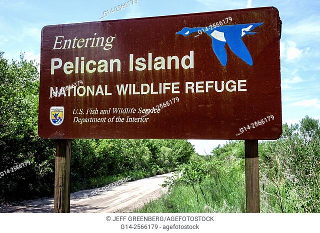 Florida, North Hutchinson Orchid Island, North Beach, Pelican Island National Wildlife Refuge, sign, entrance, Jungle Trail