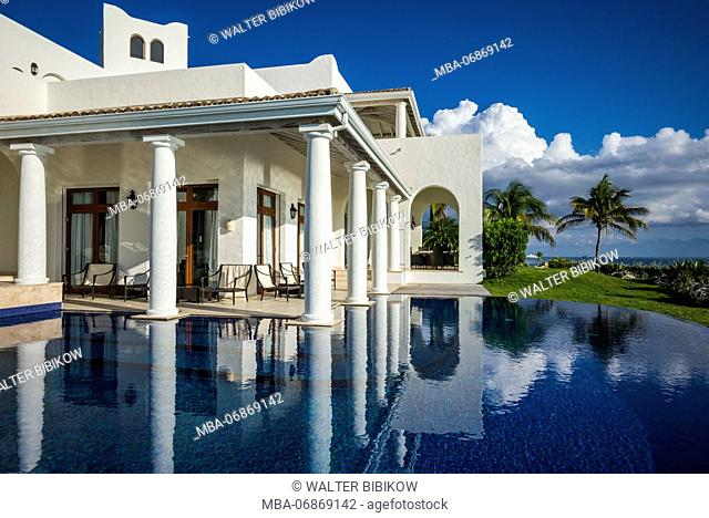 French West Indies, St-Martin, Terres Basses, beach villa on Baie Longue