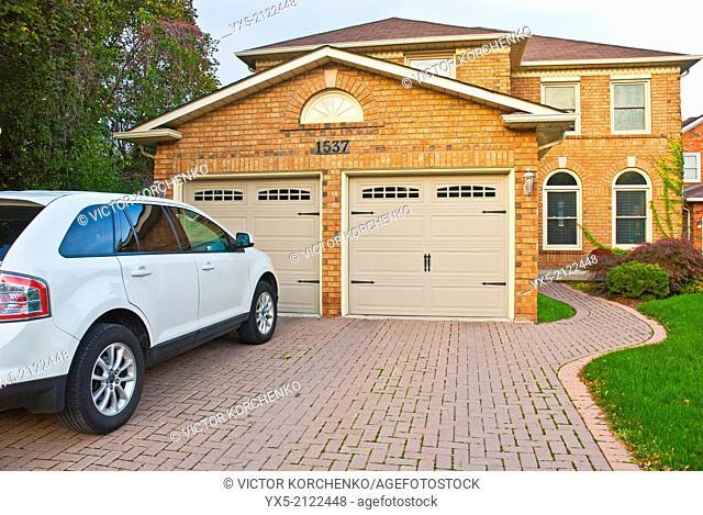 Single family detached house in Oakville, Ontario