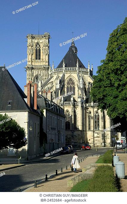 Saint-Cyr-et-Sainte-Juliette cathedral, Nevers, Loire valley, Nievre, Centre, France, Europe