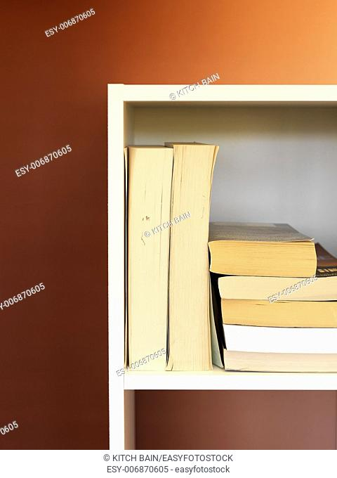 A conceptual image utilising a spall storage space