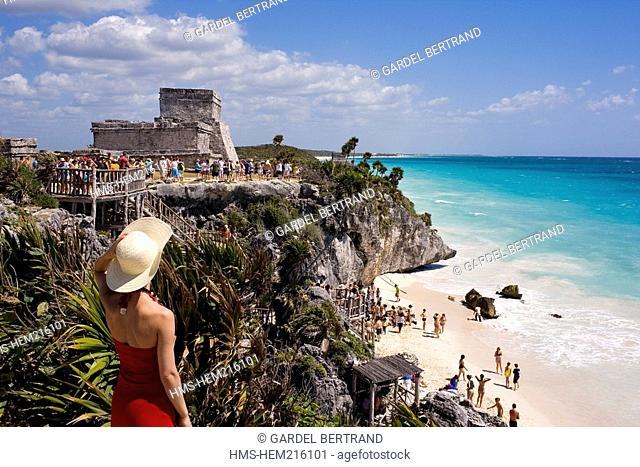 Mexico, state of Quintana Roo, Maya site of Tulum on the Caribbean Sea