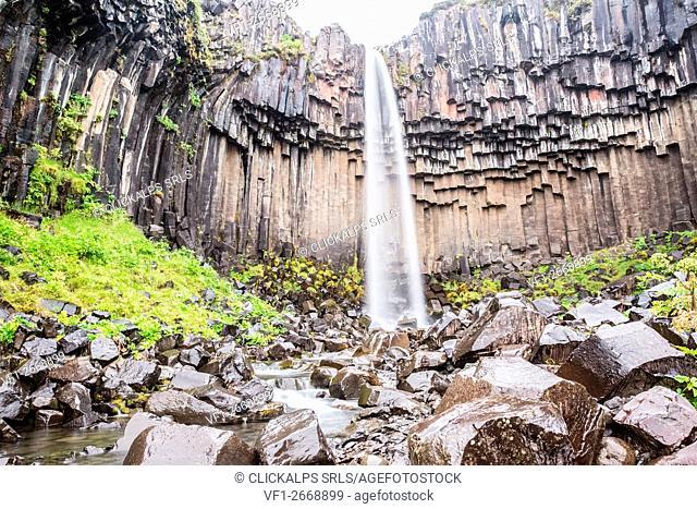 Iceland, Skaftafell National Park, Svartifoss waterfall