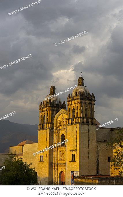View of the Church of Santo Domingo de Guzman in evening light in the city of Oaxaca de Juarez, Oaxaca, Mexico