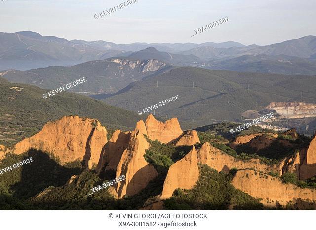 View of Peaks, Medulas, Leon, Spain