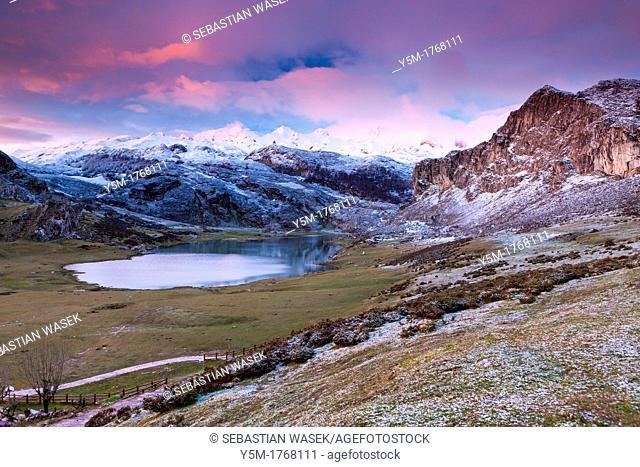 Lake Ercina, Covadonga, Picos de Europa National Park, Asturias, Spain
