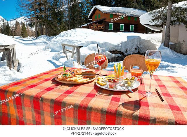 Appetizer with sliced, Italy, Trentino Alto Adige, Nambino refuge