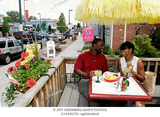 Virginia, Richmond, Carytown, West Cary Road, Black couple, man, woman, eating
