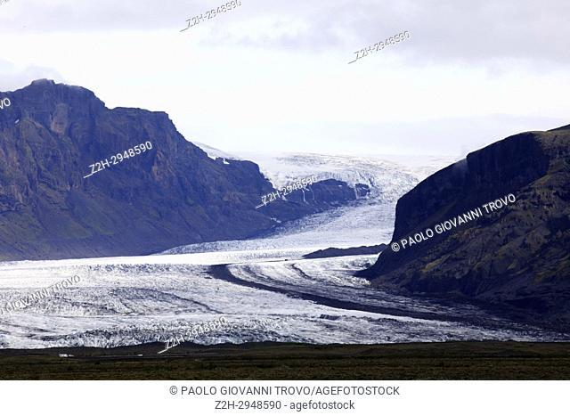 Skeiðarárjökull glacier outlet from vatnajokull glacier, iceland, Europe