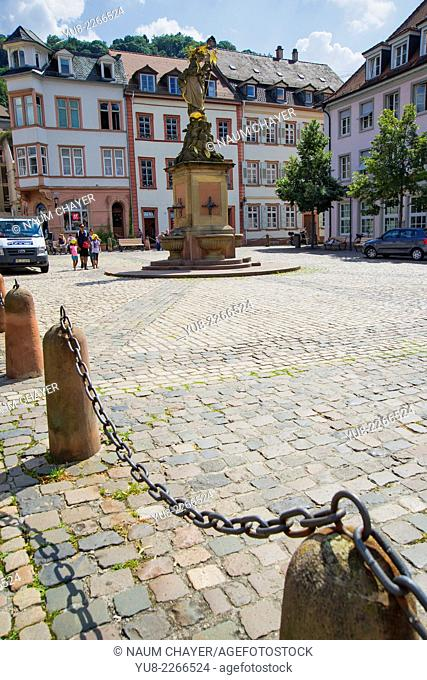 The Corn Market with Madonna statue, Heidelberg, south-west Germany, state of Baden-Württemberg, Europe