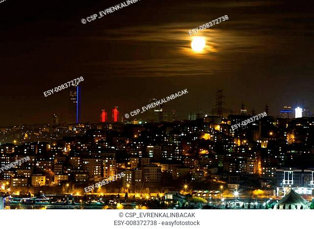 Night view of Istanbul from Pierre Loti Hill