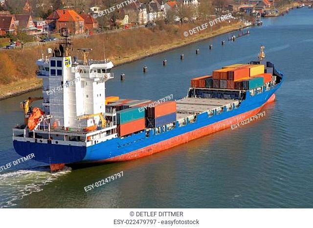 Feederschiff aus der Vogelperspektive