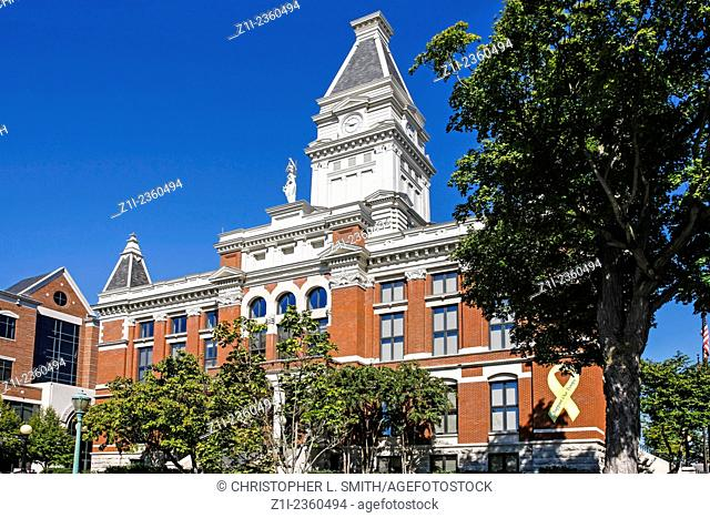 The Montgomery County Courthouse building in Clarksville TN