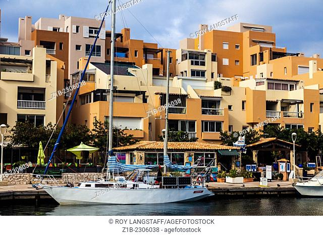 Convenient dock location in Port Frioul near Marseille