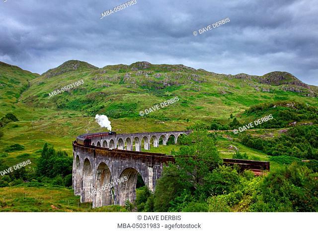 Glenfinnan Viaduct, Beinn an Tuim, Harry Potter, bridge, highlands, Scotland