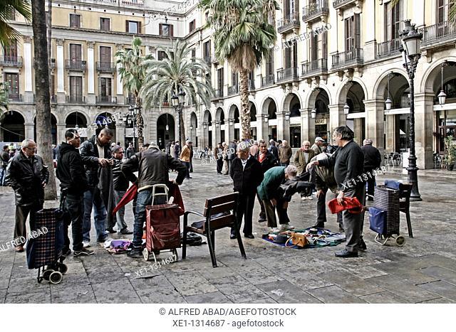 Street Sellers. Plaça Reial (architect: Francesc Daniel Molina, 19th Century), Barcelona, Catalonia, Spain
