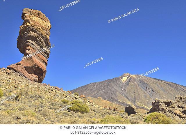 Roque de los García, Teide, Cañadas del Teide National Park, Tenerife, Canary Islands, Spain