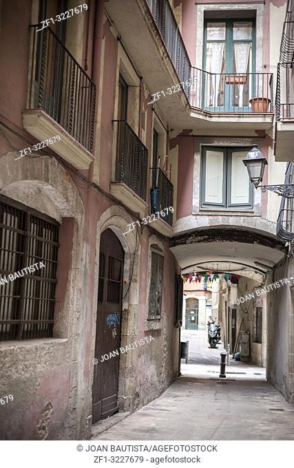 Street view, historic center of Barcelona, La Ribera quarter