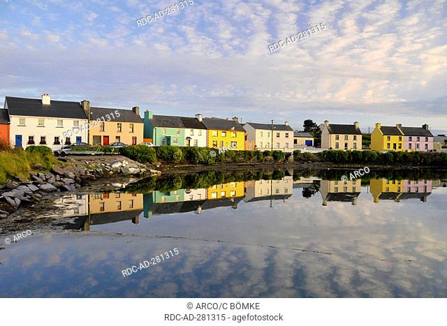 Portmagee Harbour, Portmagee, Iveragh Peninsula, County Kerry, Ireland