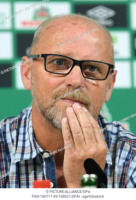 11 July 2018, Germany, Bremen: Thomas Schaaf, new technical director of Werder Bremen, delivers a statement during a press conference