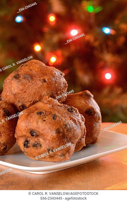 New Years traditions: In the Netherlands, a pastry known as Olliebollen (ingredients are similar to doughnuts) are eaten at family and company gatherings