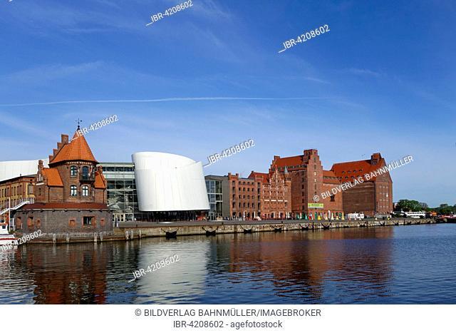 Ozeaneum, Oceanographic Museum next to old warehouses, Stralsund, Mecklenburg-Western Pomerania, Germany
