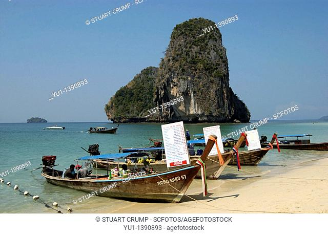 Long Tail Boat, Boats selling food and drink, Phra Nang Beach, Krabi Thailand, Far East, Asia