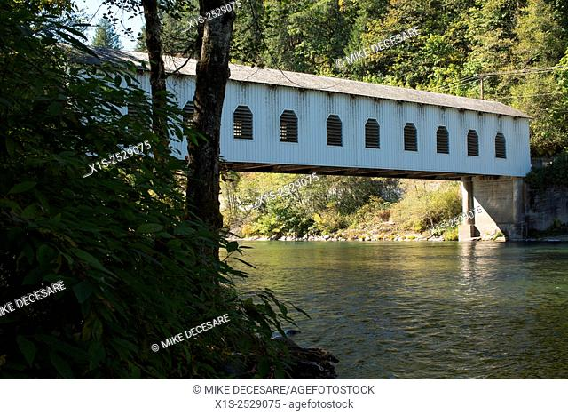 Covered bridges recall a by-gone era in Oregon