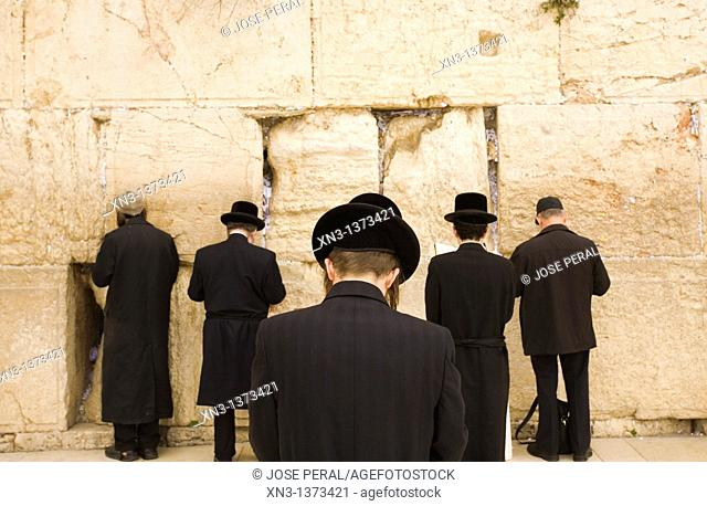 Jews praying, Western Wall, Wailing Wall, Old city, Jerusalem, Israel, Middle East
