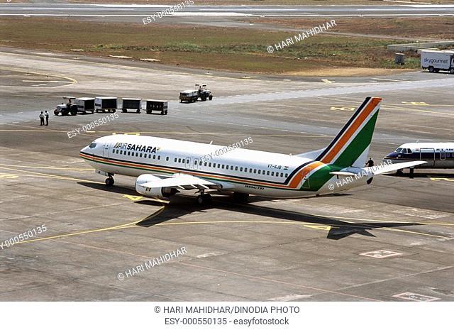 Air traffic , Sahar or Chhatrapati Shivaji International Airport , Bombay Mumbai , Maharashtra , India
