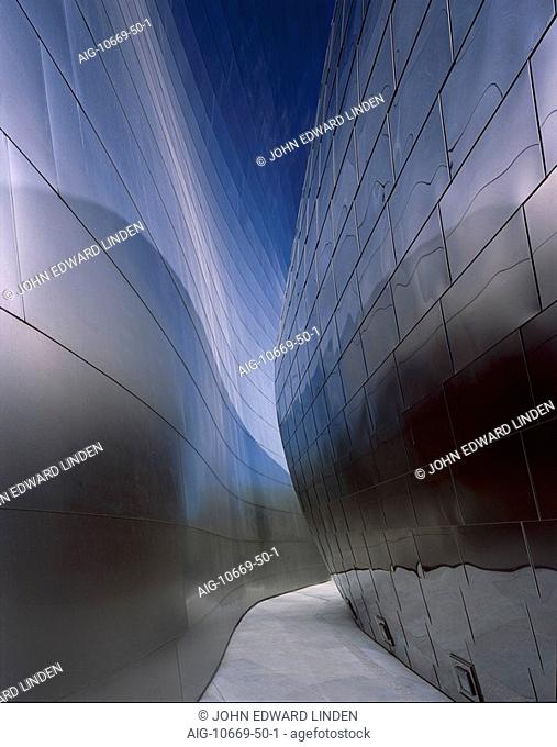 Walt Disney Concert Hall, Downtown Los Angeles - Exterior. Architect: Gehry Partners. The Walt Disney Concert Hall is the home of the Los Angeles Philarmonic...