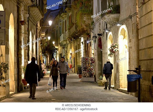 Altstadtgasse, Via Roma, Syrakus, Sizilien, Italien