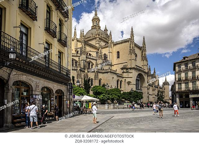 Gothic-style Roman Catholic cathedral located in the main square Plaza Mayor. Castilla y Leon, Segovia, Spain