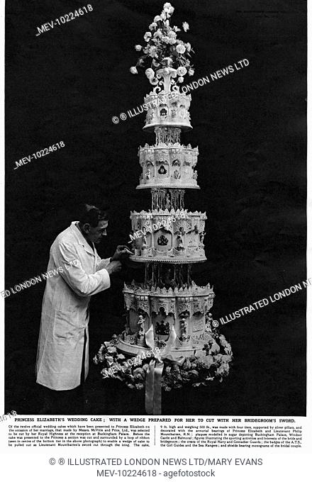Wedding Cake Queen Stock Photos And Images Age Fotostock