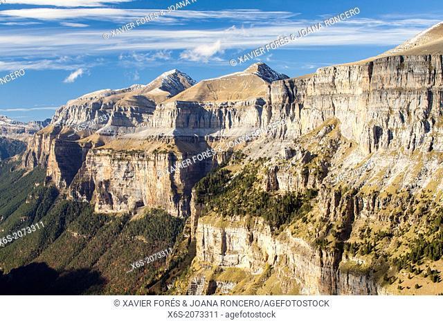 Ordesa Valley from the Viewpoint area - Balcones de Ordesa-, National Park of Ordesa and Monte Perdido, Huesca, Spain