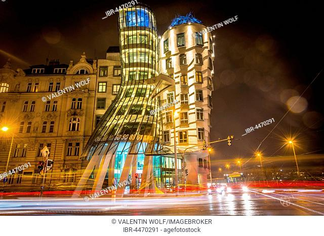 Dancing House, Ginger and Fred, architect Frank Gehry, trails of light, night scene, Prague, Czech Republic