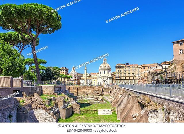 Trajan's Forum Ruins, Trajan Column, Santa Maria di Loreto Church and Basilica Ulpia